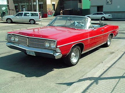 1968_Ford_Galaxie_conv.jpeg